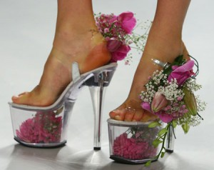 flowers-shoes-by-scherer-gonsales-spring2009-red